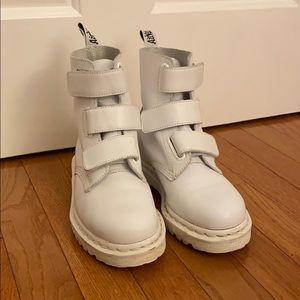 Dr Marten coralia boots